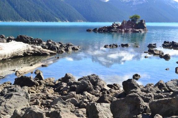 Trekking hacia Garibaldi Lake