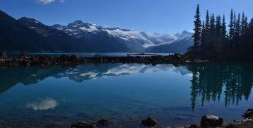 Reflejos en Garibaldi Lake