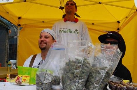 Cannabis dia, el dia de Canada. Lleve de lo bueno casero