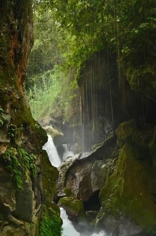 puente_dios_cascada