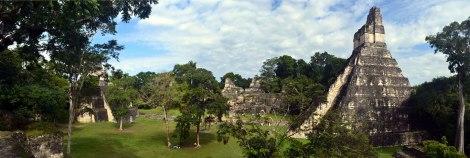 Plaza principal - Tikal