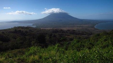 Vista del volcán Concepción y el istmo desde el mirador