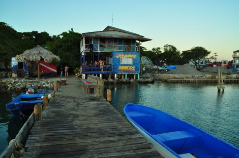 Paradise divers, nuestro Hostal y Centro de buceo