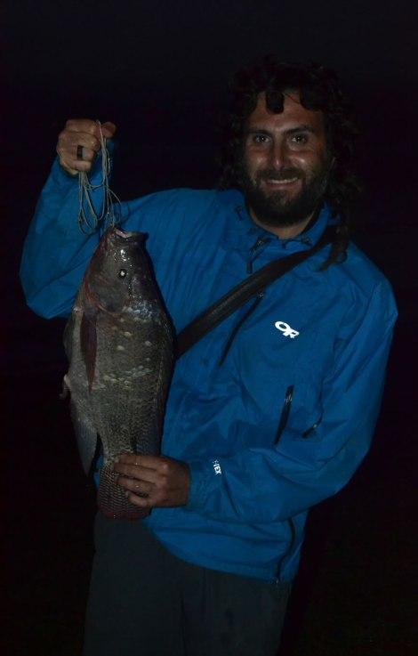 Cara de felicidad! Tremendo pescado!!!