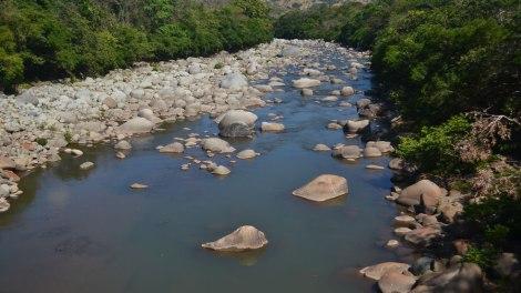 El río fue lo mejor del día, transparente y refrescante!